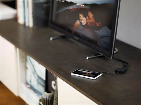 how to connect smartphone to tv how to connect a sony xperia smartphone or tablet to a tv