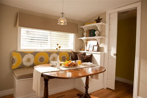 Breakfast Nook Ideas For Small Kitchen by Kitchen Nook Table Ideas For Space Saving Solution
