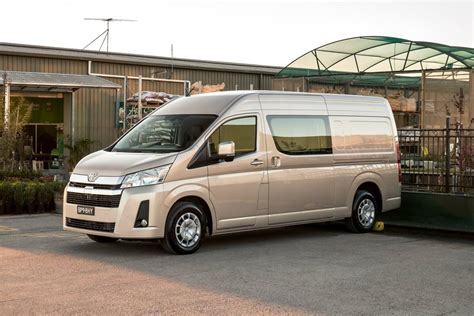 toyota hiace wont  offered   wheel drive car