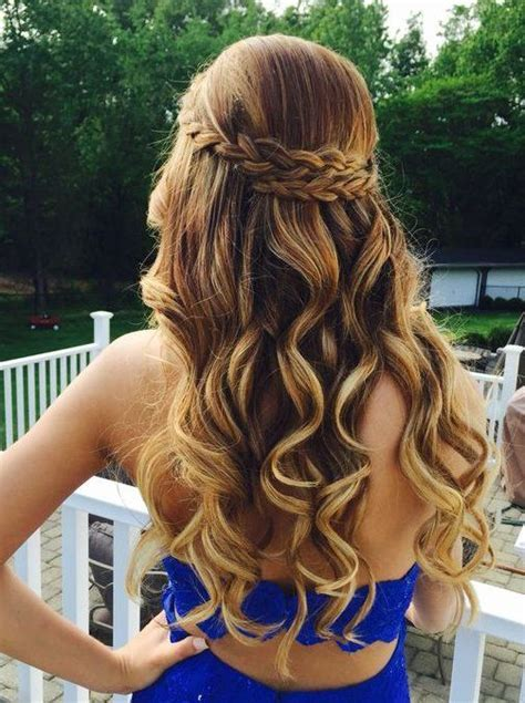 25  best ideas about Sweet 15 hairstyles on Pinterest