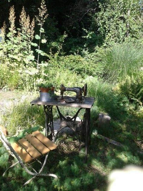 Alte Stühle Dekorieren alte stühle dekorieren sommerdeko gartendeko stuhl dekorieren
