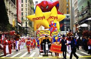 the 88th annual macy s thanksgiving day parade 2014 with romeo santos latintrends