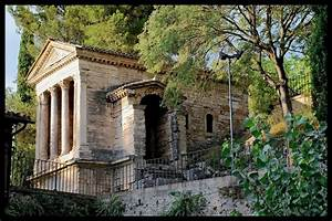 Il Tempietto Del Clitunno A Photo From Perugia Umbria
