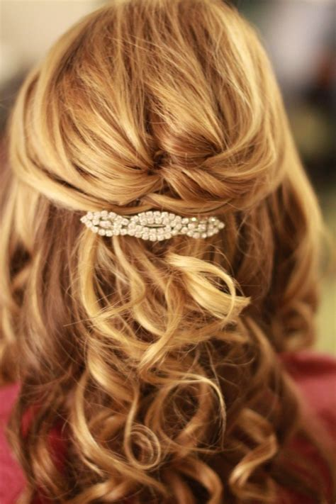 wedding hairstyles for medium hair half up half downhalf