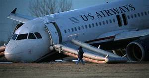 Jet aborts Philly takeoff when nose gear fails