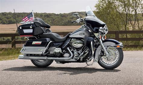 2013 Harley-davidson Ultra Classic Electra Glide Boasts