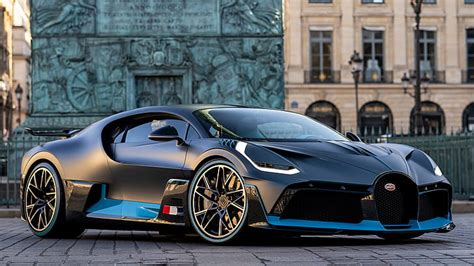 Your child can also operate this car by himself/herself by electric foot pedal. Supercars Gallery: Bugatti Divo Blue And Black