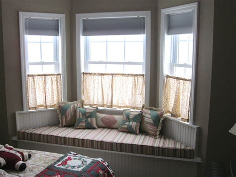 Timeless Kitchen Design Ideas - bay window seat for comfortable seating area at home