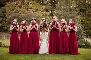 Bride vs bridesmaids who pays for what weddingwire for Who pays for wedding photographer