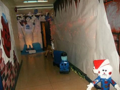 christmas decorations for the land of misfits land of misfit toys the room lesson ideas