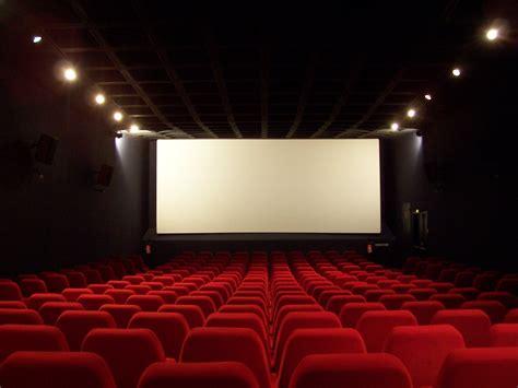 cinema sob demanda pode colocar nas salas filmes de fora