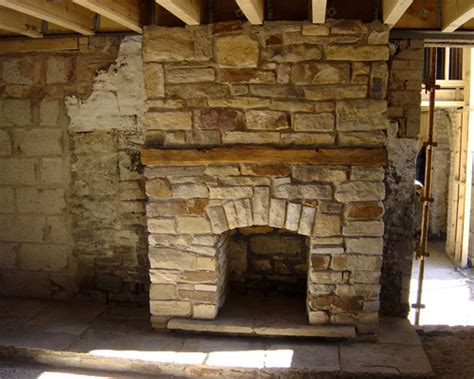 cobblestone fireplace 30 perfect stone fireplace pictures creativefan