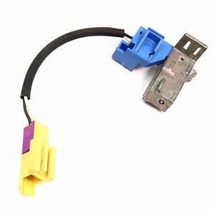 Lh Driver Seatbelt Shoulder Belt Plug Connector 01