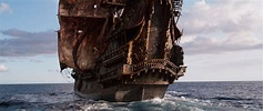 Famous Pirate Ships in History - Pirate Show Cancun