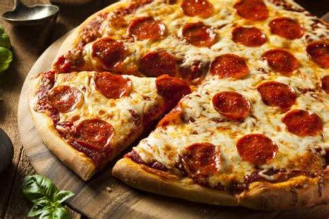 cours de cuisine à nantes recette de pizza pepperoni tomate mozza rapide
