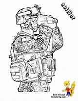 Coloring Pages Army Soldier Print Military Colorplate Boys Yescoloring Gusto Binoculars sketch template