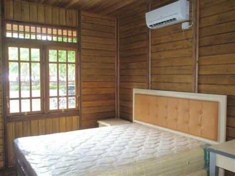 desain rumah cantik  elegan menggunakan kayu jati
