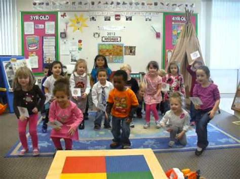peace lutheran 4 year preschool afternoon class sings 992 | hqdefault