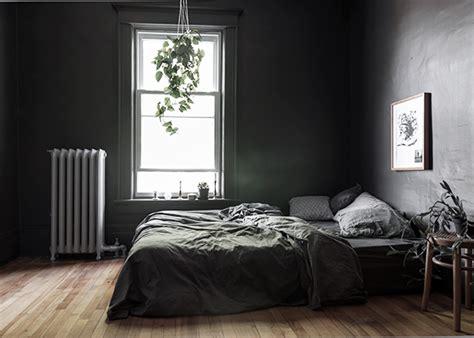 Grey Bedrooms: Ideas To Rock A Great Grey Theme : (my) Dark Grey Bedroom