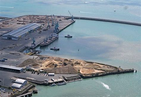 la rochelle en bonne voie pour battre record de trafic mer et marine