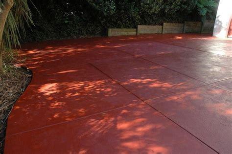 coloured concrete pilacon