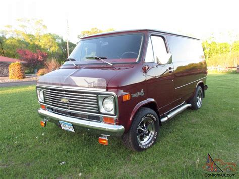 1977 Chevy Shortie Custom Van G10