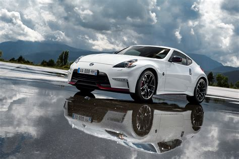 wallpaper nissan  nismo fairlady  sports car luxury cars review test drive white
