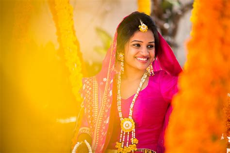 top best candid wedding photography candidshutters