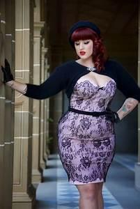 Plus size outfit (28) | Fashion Fun | Pinterest | Boudoir Curves and Girls