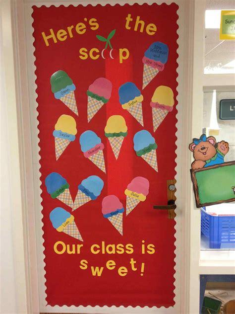 winter door decorations for preschool door amp lesson 3 bear at door 120