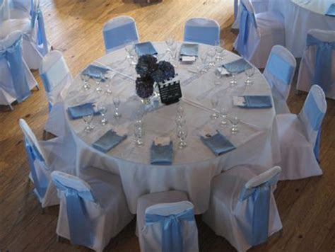 carolina blue table and chairs and blue and on