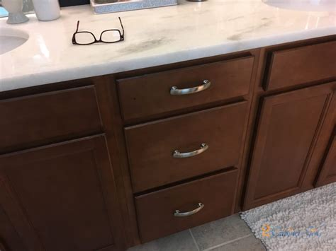 black beauty bathroom vanity  cabinet girls