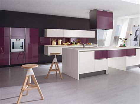 cuisine violine décoration violet quelle décoration cuisine gris et violet déco intérieur pourpre