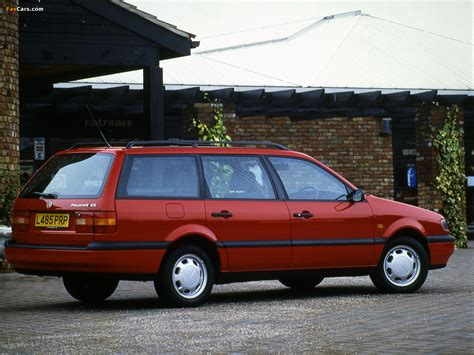 Photos of Volkswagen Passat Variant UK-spec (B4) 1993–97 ...