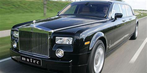 Rolls-royce Phantom Limousine 26 Background Wallpaper