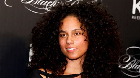 frizz fly  natural hair movement nitv