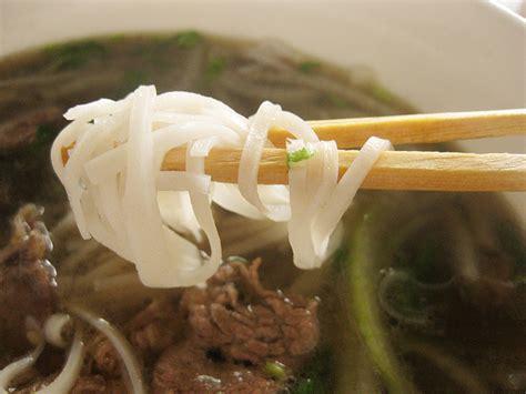 p 226 te de riz banh pho ingr 233 dient asiatique recettes asiatiques restaurants asiatiques asie360