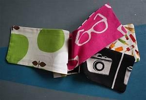 Création Avec Tissus : un livre en tissu pour b b simple et beau blog de petit citron blog de petit citron ~ Nature-et-papiers.com Idées de Décoration