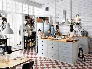 Cuisine Americaine Ikea : cuisine americaine avec ilot central et plan de travail bois ~ Preciouscoupons.com Idées de Décoration