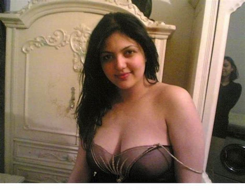 #Amateur #Arab #Nude #Woman