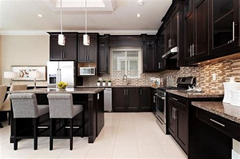 espresso kitchen cabinets with light floors best 25 espresso cabinets ideas on espresso