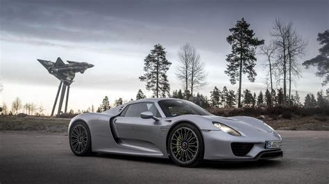 U.k.'s Top Gear Tests Power Of Every Porsche On Epic