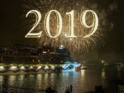 Happy New Year 2019 Kỷ Hợi đẹp