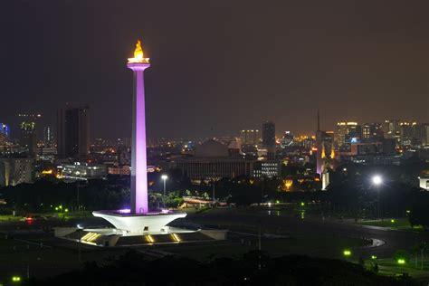 monas independence monument  jakarta indonesia