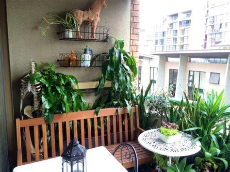 Kleinen Balkon Gemütlich Gestalten by Kleinen Balkon Gestalten Laden Sie Den Sommer Zu Sich Ein