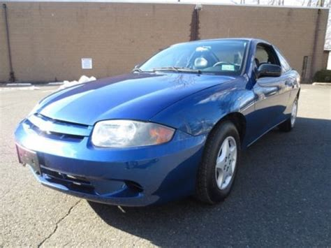 buy car manuals 2004 chevrolet cavalier user handbook find used 2005 chevy cavalier coupe no reserve 1 owner free carfax 5 speed manual in