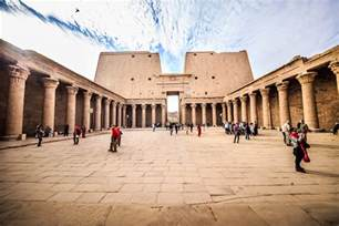 Model Egyptian Temple Architecture