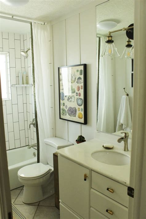 Diy Small Bathroom Makeovers by Diy Bathroom Makeovers Step By Step Tutorials