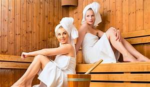 Frauen In Sauna : 12 wondrous perks of steam room sauna therapy ~ Whattoseeinmadrid.com Haus und Dekorationen