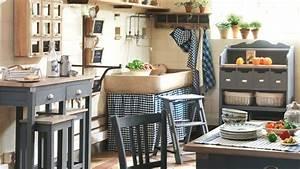 Buffet de cuisine comptoir de famille for Deco cuisine avec buffet original meuble